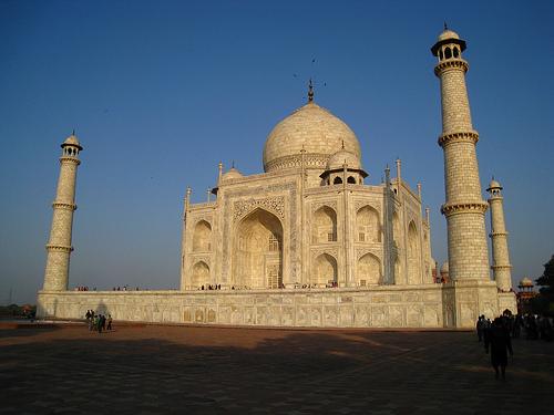 Taj Mahal in Agra beim Sonnenuntergang