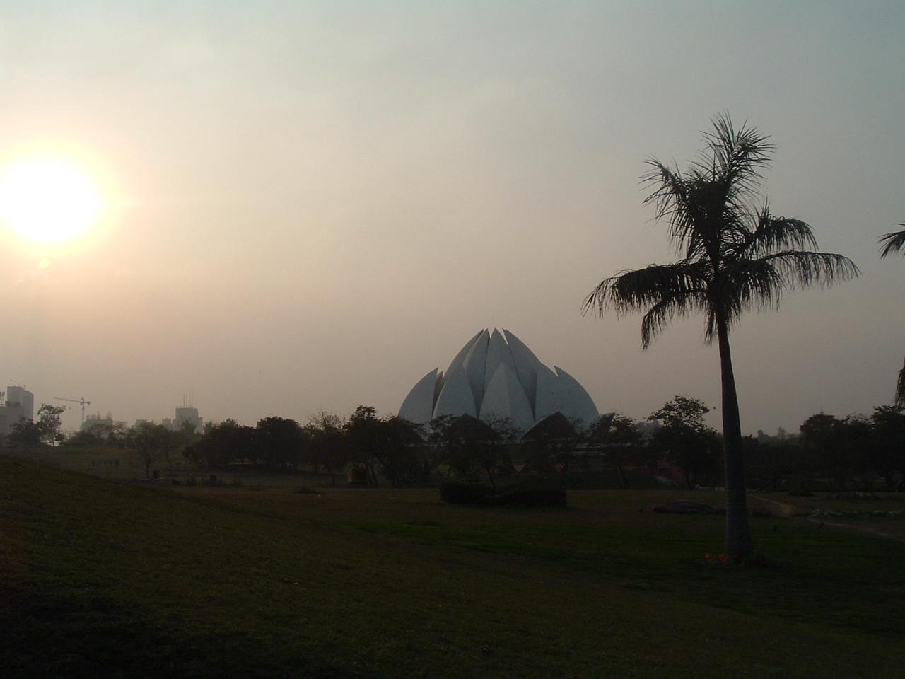Lotus Temple - Oase für ein wenig Ruhe